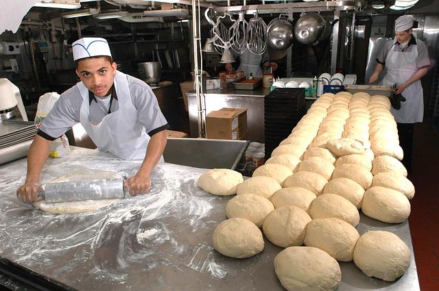 Urządzenia piekarnicze w sklepie spożywczymi Crispan